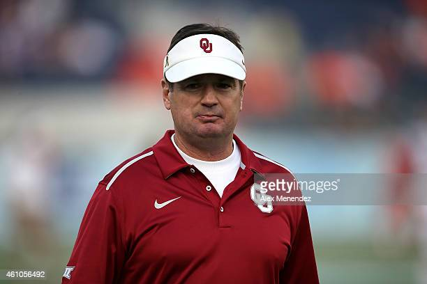 Head coach Bob Stoops of the Oklahoma Sooners is seen during the NCAA Russell Athletic Bowl between the Clemson Tigers and the Oklahoma Sooners on...