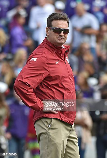 Head coach Bob Stoops of the Oklahoma Sooners looks on prior to the game against the Kansas State Wildcats on October 17 2015 at Bill Snyder Family...