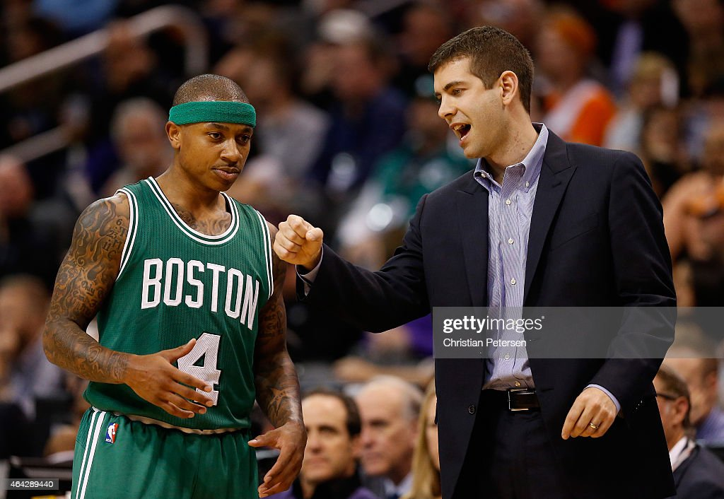 Head coach <a gi-track='captionPersonalityLinkClicked' href=/galleries/search?phrase=Brad+Stevens&family=editorial&specificpeople=5022542 ng-click='$event.stopPropagation()'>Brad Stevens</a> of the Boston Celtics talks with <a gi-track='captionPersonalityLinkClicked' href=/galleries/search?phrase=Isaiah+Thomas+-+Joueur+de+basketball+-+N%C3%A9+en+1989&family=editorial&specificpeople=13827915 ng-click='$event.stopPropagation()'>Isaiah Thomas</a> #4 during the second half of the NBA game against the Phoenix Suns at US Airways Center on February 23, 2015 in Phoenix, Arizona. The Celtics defeated the Suns 115-110.