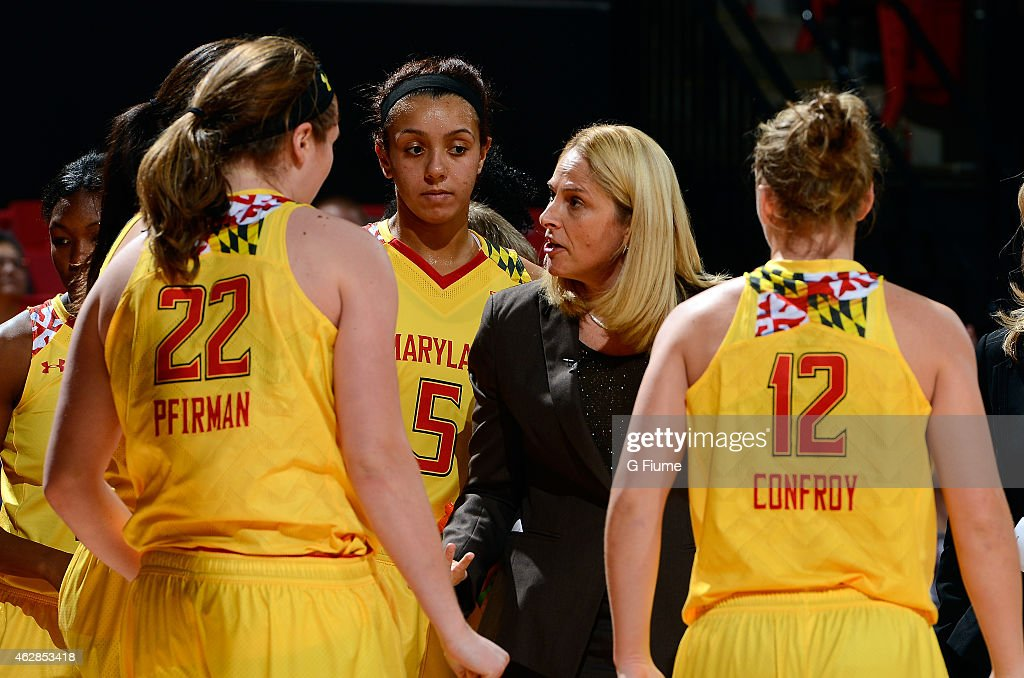 Head coach <a gi-track='captionPersonalityLinkClicked' href=/galleries/search?phrase=Brenda+Frese&family=editorial&specificpeople=700545 ng-click='$event.stopPropagation()'>Brenda Frese</a> talks to her team during a timeout in the game against the Michigan State Spartans at the Xfinity Center on January 22, 2015 in College Park, Maryland.