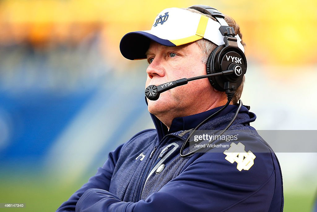 Head coach <a gi-track='captionPersonalityLinkClicked' href=/galleries/search?phrase=Brian+Kelly+-+American+Football+Coach&family=editorial&specificpeople=11611987 ng-click='$event.stopPropagation()'>Brian Kelly</a> of the Notre Dame Fighting Irish looks on against the Pittsburgh Panthers in the fourth quarter during the game at Heinz Field on November 7, 2015 in Pittsburgh, Pennsylvania.