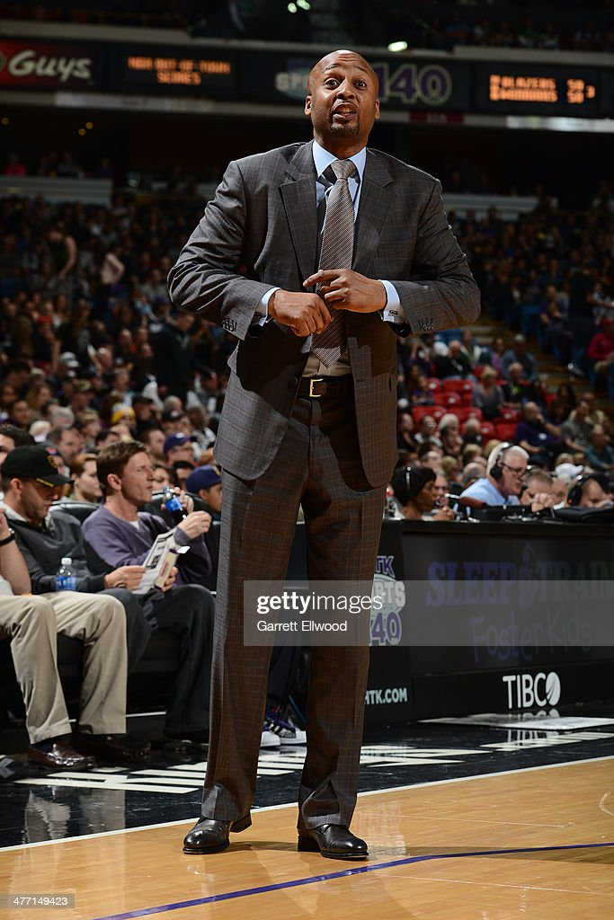 Head Coach Brian Shaw of the Denver Nuggets gives direction against the Sacramento Kings at Sleep Train Arena on January 26, 2014 in Sacramento, California.