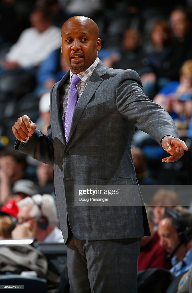 Head coach Brian Shaw of the Denver Nuggets leads his team against the Phoenix Suns at Pepsi Center on February 25 2015 in Denver Colorado The Suns...