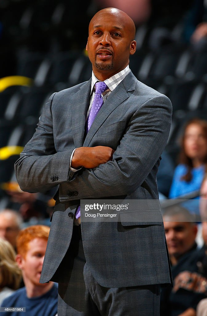Head coach <a gi-track='captionPersonalityLinkClicked' href=/galleries/search?phrase=Brian+Shaw+-+Basketball+Coach&family=editorial&specificpeople=11376247 ng-click='$event.stopPropagation()'>Brian Shaw</a> of the Denver Nuggets leads his team against the Phoenix Suns at Pepsi Center on February 25, 2015 in Denver, Colorado. The Suns defeated the Nuggets 110-96.