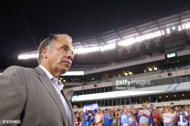 Head coach Bruce Arena of the the United States looks on before playing against El Salvador during the 2017 CONCACAF Gold Cup Quarterfinal at Lincoln...