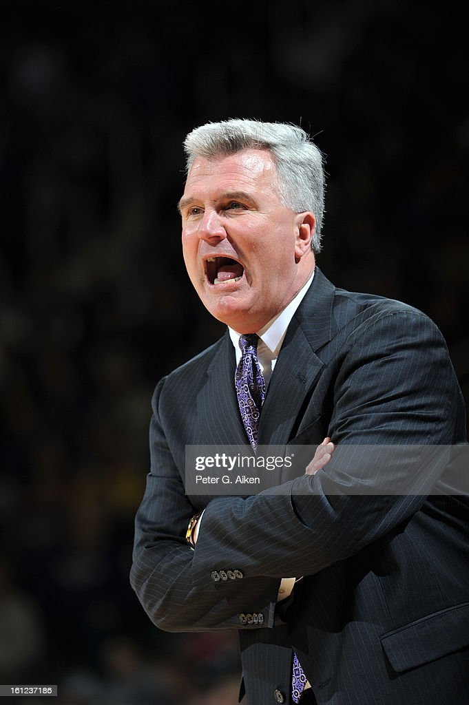 Head coach <a gi-track='captionPersonalityLinkClicked' href=/galleries/search?phrase=Bruce+Weber+-+Entra%C3%AEneur+de+basketball&family=editorial&specificpeople=15087708 ng-click='$event.stopPropagation()'>Bruce Weber</a> of the Kansas State Wildcats calls out instructions against the Iowa State Cyclones during the first half on February 9, 2013 at Bramlage Coliseum in Manhattan, Kansas. Kansas State defeated Iowa State 79-70.