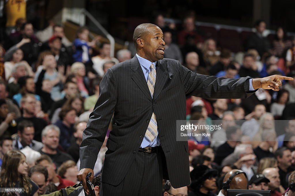 Head Coach <a gi-track='captionPersonalityLinkClicked' href=/galleries/search?phrase=Byron+Scott+-+Basketball+Coach&family=editorial&specificpeople=209087 ng-click='$event.stopPropagation()'>Byron Scott</a> of the Cleveland Cavaliers gives direction against the Oklahoma City Thunder at The Quicken Loans Arena on February 2, 2013in Cleveland, Ohio.