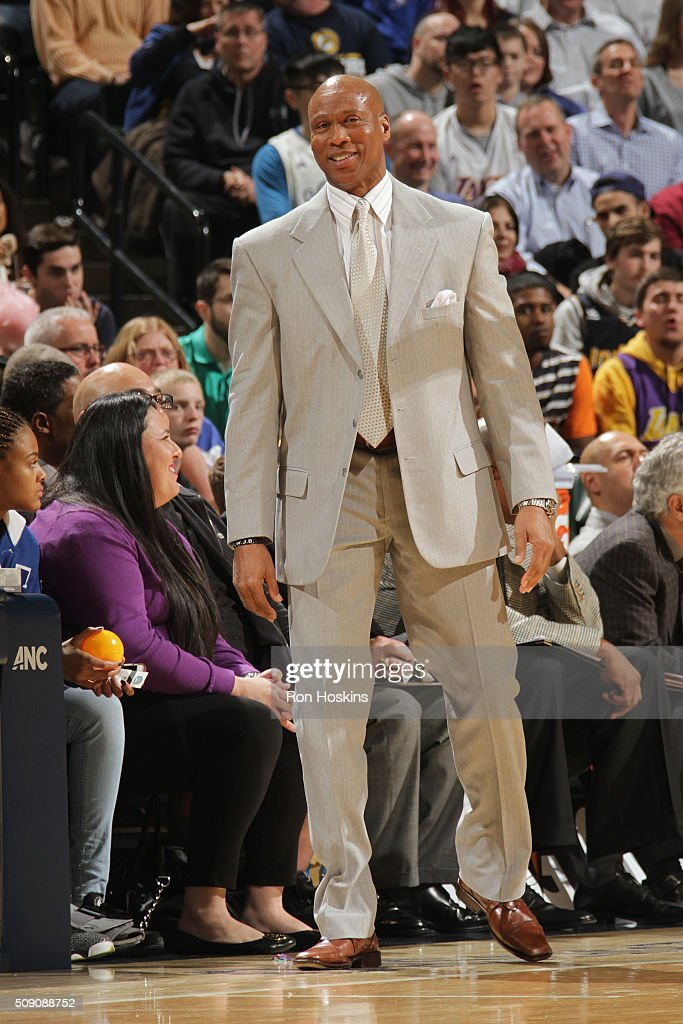 Head coach <a gi-track='captionPersonalityLinkClicked' href=/galleries/search?phrase=Byron+Scott+-+Basketball+Coach&family=editorial&specificpeople=209087 ng-click='$event.stopPropagation()'>Byron Scott</a> of the Los Angeles Lakers looks on during the game against the Indiana Pacers on February 8, 2016 at Bankers Life Fieldhouse in Indianapolis, Indiana.