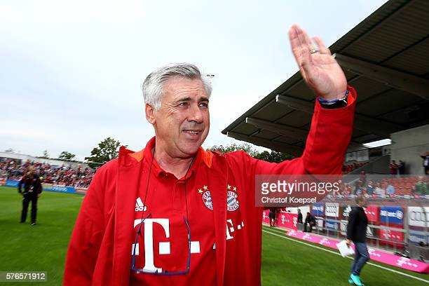Head coach Carlo Ancelotti of Bayern Muenchen welcomes the audience prior to the friendly match between SV Lippstadt and FC Bayern at Stadion am...
