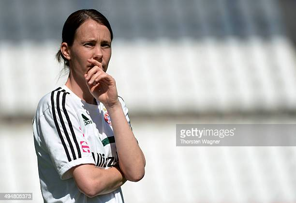 Head coach Carmen Roth of Muenchen looks on during the girls bjunior final match between FC Bayern Muenchen and 1FFC Turbine Potsdam at stadium 'An...