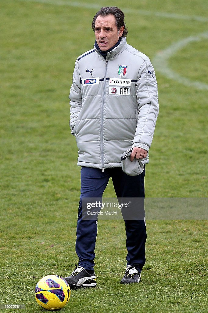 Head coach <a gi-track='captionPersonalityLinkClicked' href=/galleries/search?phrase=Cesare+Prandelli&family=editorial&specificpeople=742442 ng-click='$event.stopPropagation()'>Cesare Prandelli</a> of Italy during a traning session at Coverciano on February 5, 2013 in Florence, Italy.