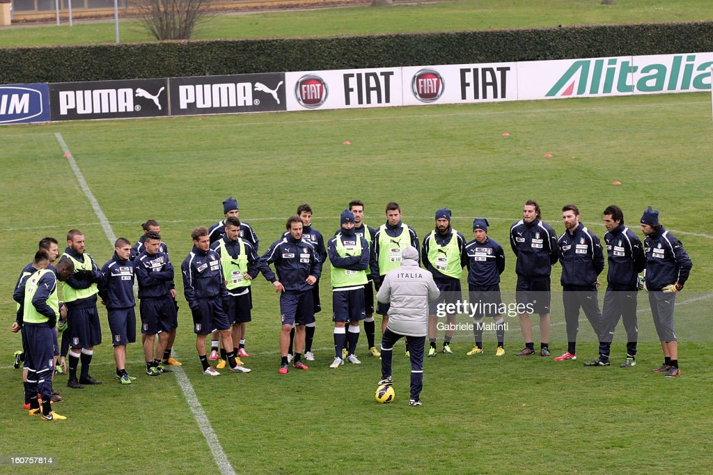 Head coach <a gi-track='captionPersonalityLinkClicked' href=/galleries/search?phrase=Cesare+Prandelli&family=editorial&specificpeople=742442 ng-click='$event.stopPropagation()'>Cesare Prandelli</a> with the Italian team during training at Coverciano on February 5, 2013 in Florence, Italy.