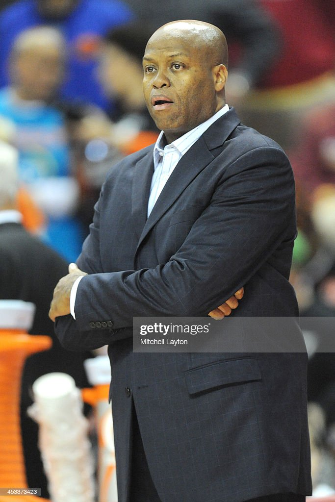 Head coach Craig Robinson of the Oregon State Beavers looks on during a college basketball game against the Maryland Terrapins on November 17 2013 at...