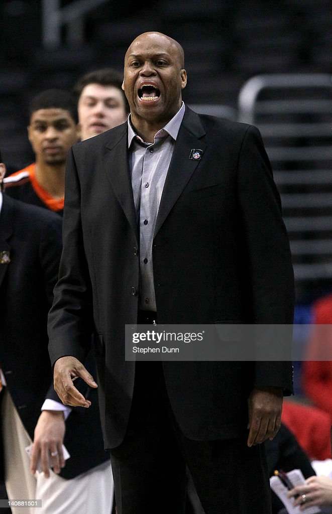 Head coach Craig Robinson of the Oregon State Beavers shouts instructions in the game against the Washington State Cougars during the first round of...
