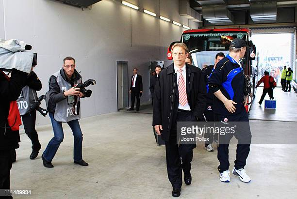 Head coach Cristoph Daum of Frankfurt is seen prior to the Bundesliga match between VfL Wolfsburg and Eintracht Frankfurt at Volkswagen Arena on...