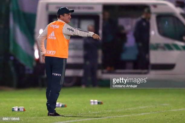Head Coach Cuca of Palmeiras during a match between Chapecoense Palmeiras as part of Brasileirao Series A 2017 at Arena Conda on May 20 2017 in...