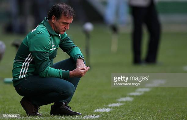 Head coach Cuca of Palmeiras looks on during the match between Palmeiras and Corinthians for the Brazilian Series A 2016 at Allianz Parque on June 12...