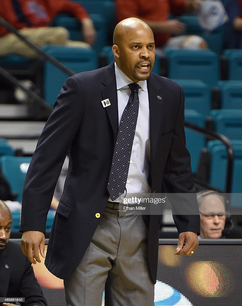 Head coach <a gi-track='captionPersonalityLinkClicked' href=/galleries/search?phrase=Cuonzo+Martin&family=editorial&specificpeople=3911162 ng-click='$event.stopPropagation()'>Cuonzo Martin</a> of the California Golden Bears looks on during a first-round game of the Pac-12 Basketball Tournament against the Washington State Cougars at the MGM Grand Garden Arena on March 11, 2015 in Las Vegas, Nevada. California won 84-59.