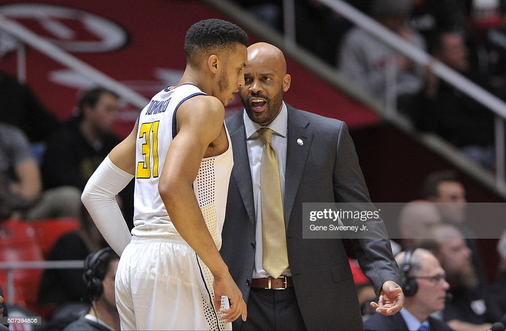 Head coach <a gi-track='captionPersonalityLinkClicked' href=/galleries/search?phrase=Cuonzo+Martin&family=editorial&specificpeople=3911162 ng-click='$event.stopPropagation()'>Cuonzo Martin</a> of the California Golden Bears talks with his player Stephen Domingo #31 during their game against the Utah Utes at the Jon M. Huntsman Center on January 27, 2016 in Salt Lake City, Utah.