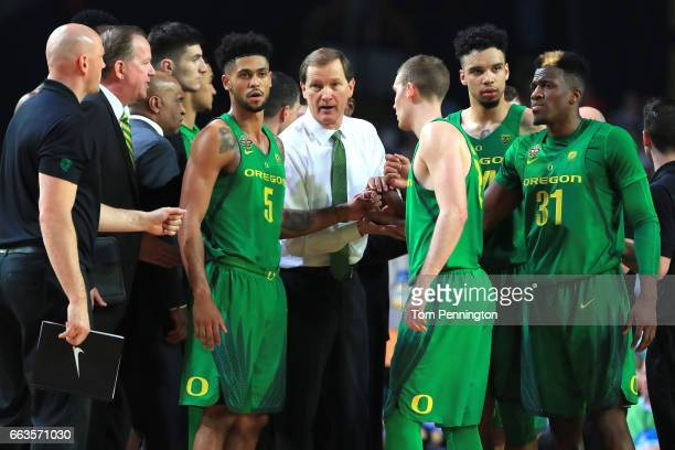 Head coach Dana Altman of the Oregon Ducks speaks to his team in the first half against the North Carolina Tar Heels during the 2017 NCAA Men's Final...