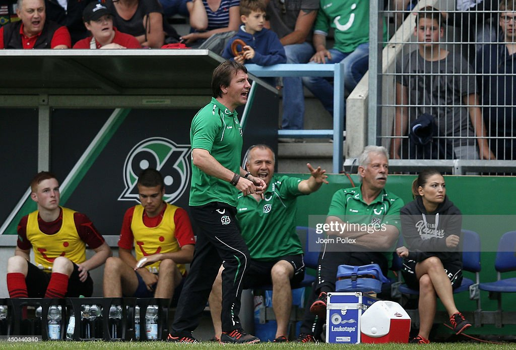 Head coach Daniel Stendel of Hannover gestures during the A Juniors Bundesliga Semi Final at Beekestadium on June 11, 2014 in Hanover, Germany.
