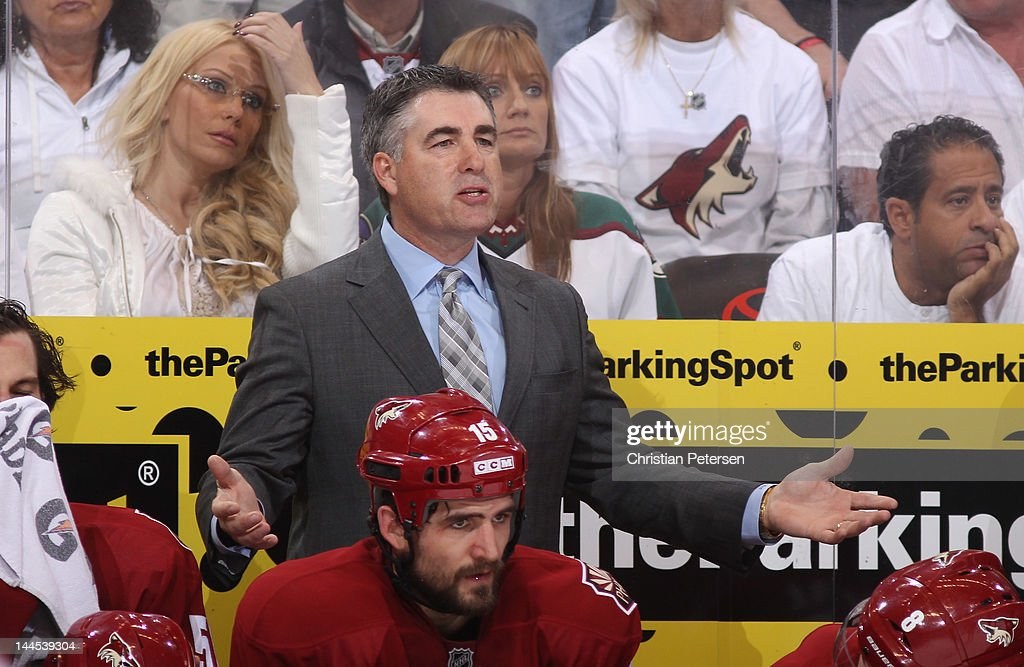 Head Coach Dave Tippett of the Phoenix Coyotes gestures to the onice officials from the bench in the second period in Game Two of the Western...
