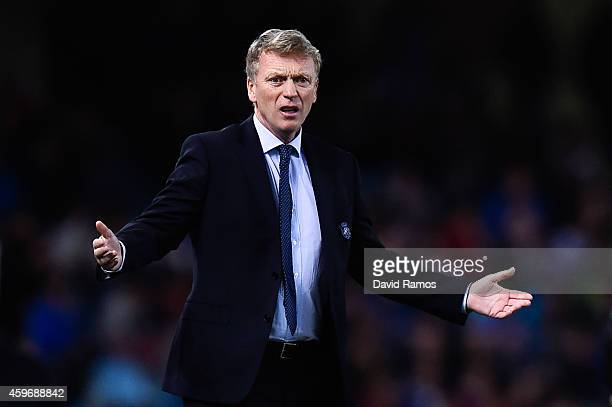 Head coach David Moyes of Real Sociedad reacts during the La Liga match between Real Socided and Elche FC at Estadio Anoeta on November 28 2014 in...
