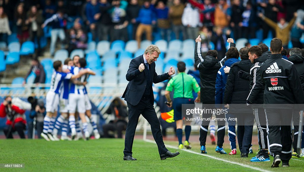 Head coach <a gi-track='captionPersonalityLinkClicked' href=/galleries/search?phrase=David+Moyes&family=editorial&specificpeople=215482 ng-click='$event.stopPropagation()'>David Moyes</a> of Real Sociedad reacts during the La Liga match between Real Sociedad and Sevilla FC at Estadio Anoeta on February 22, 2015 in San Sebastian, Spain.