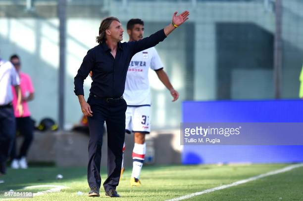 Head coach Davide Nicola of Crotone issues instructionsduring the Serie A match between FC Crotone and FC Internazionale at Stadio Comunale Ezio...