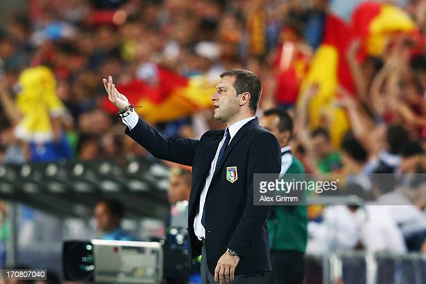 Head coach Devis Mangia of Italy gestures during the UEFA European U21 Championship final match between Italy and Spain at Teddy Stadium on June 18...