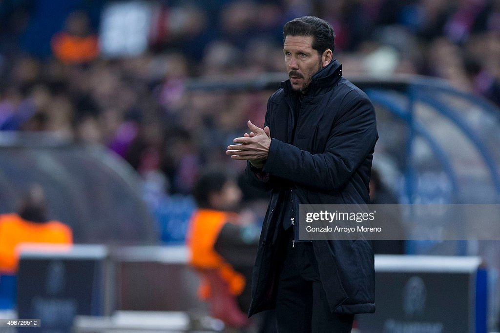 Head coach Diego Pablo Simeone of Atletico de Madrid claps to his team during the UEFA Champions League Group C match between Club Atletico de Madrid...
