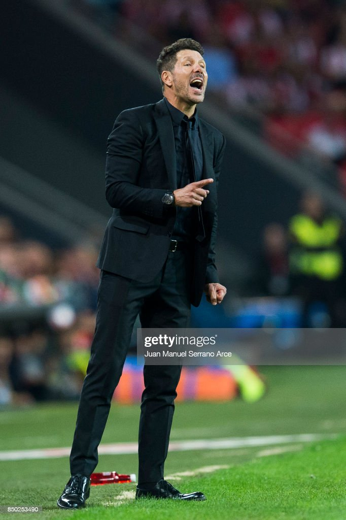 Head coach Diego Simeone of Atletico Madrid reacts during the La Liga match between Athletic Club Bilbao and Atletico Madrid at San Mames Stadium on September 20, 2017 in Bilbao, Spain.