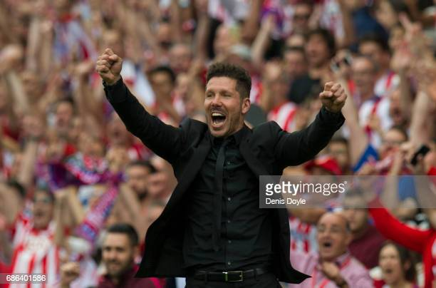 Head coach Diego Simeone of Club Atletico de Madrid celebrates his team's 3rd goal during the La Liga match between Club Atletico de Madrid and...