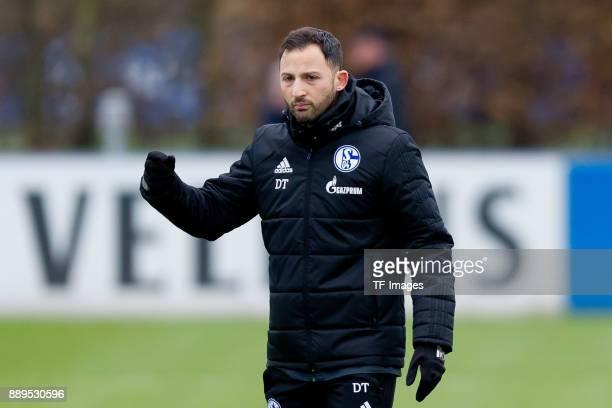 Head coach Domenico Tedesco of Schalke gestures during a training session at the FC Schalke 04 Training center on December 06 2017 in Gelsenkirchen...
