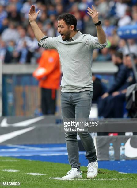 Head coach Domenico Tedesco of Schalke gestures during the Bundesliga match between Hertha BSC and FC Schalke 04 at Olympiastadion on October 14 2017...