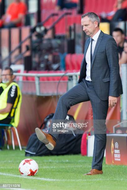 Head coach Dominik Thalhammer of Austria controls the ball during the Group C match between Austria and Switzerland during the UEFA Women's Euro 2017...