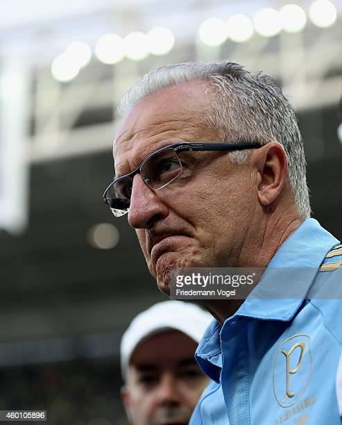 Head coach Dorival Junior of Palmeiras looks on during the match between Palmeiras and Atletico PR for the Brazilian Series A 2014 at Allianz Parque...