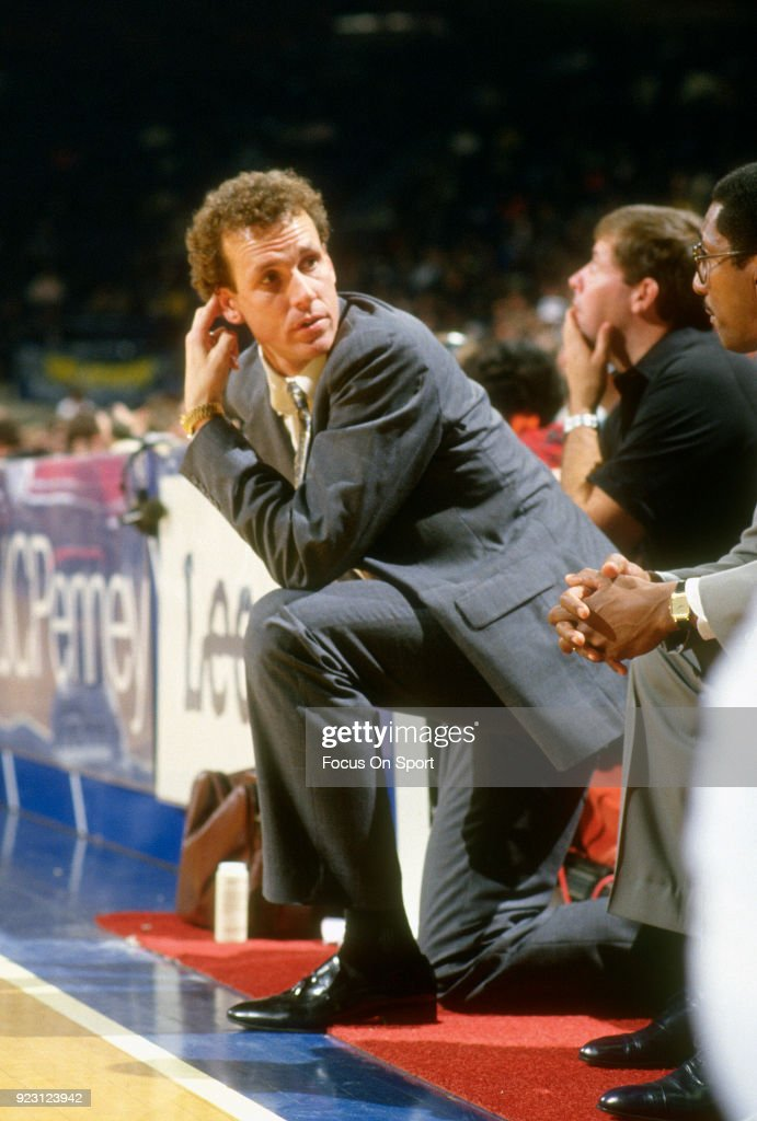 Head coach Doug Collins of the Chicago Bulls looks on against the Washington Bullets during an NBA basketball game circa 1986 at the Capital Centre in Landover, Maryland. Collins coached the Bulls from 1986-89.
