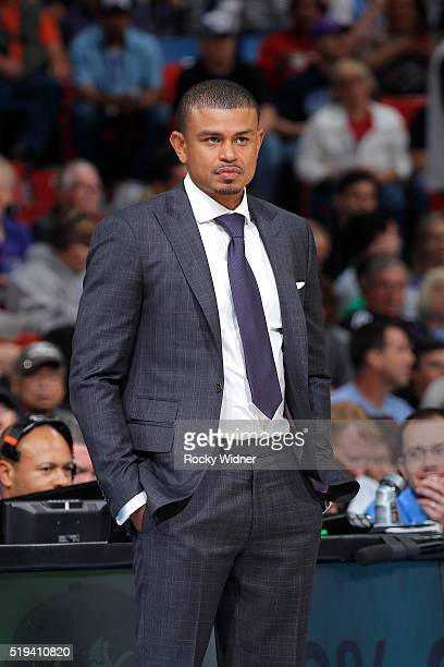 Head coach Earl Watson of the Phoenix Suns coaches against the Sacramento Kings on March 25 2016 at Sleep Train Arena in Sacramento California NOTE...