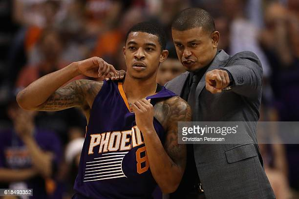 Head coach Earl Watson of the Phoenix Suns directs Tyler Ulis during the second half of the NBA game against the Sacramento Kings at Talking Stick...