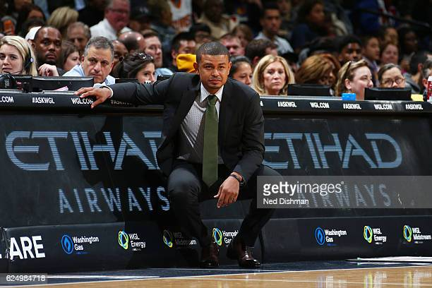 Head Coach Earl Watson of the Phoenix Suns is seen during the game against the Washington Wizards on November 21 2016 at Verizon Center in Washington...
