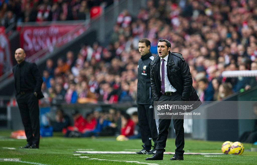 Head coach <a gi-track='captionPersonalityLinkClicked' href=/galleries/search?phrase=Ernesto+Valverde&family=editorial&specificpeople=2498803 ng-click='$event.stopPropagation()'>Ernesto Valverde</a> of Athletic Club reacts during the La Liga match between Athletic Club and Rayo Vallecano de Madrid at San Mames Stadium on February 22, 2015 in Bilbao, Spain.