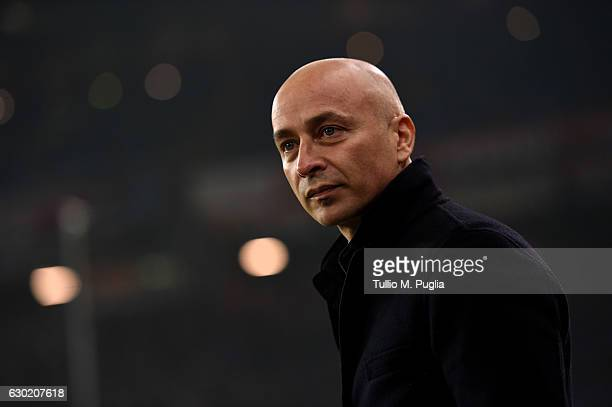 head coach Eugenio Corini of Palermo looks on during the Serie A match between Genoa CFC and US Citta di Palermo at Stadio Luigi Ferraris on December...
