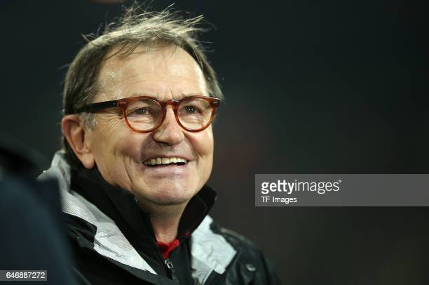 Head coach Ewald Lienen of Pauli looks on during the Second Bundesliga match between FC St Pauli and Karlsruher SC at Millerntor Stadium on February...