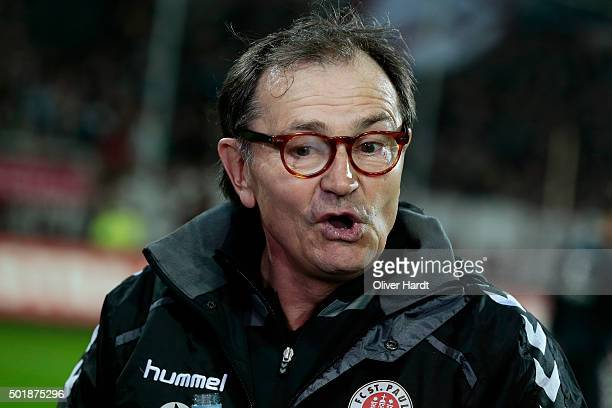 Head coach Ewald Lienen of Pauli looks on prior to the Second Bundesliga match between FC St Pauli and Karlsruher SC at Millerntor Stadium on...