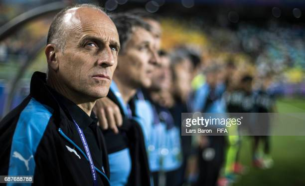 Head coach Fabian Coito of Uruguay looks on during the FIFA U20 World Cup Korea Republic 2017 group D match between Uruguay and Japan at Suwon World...