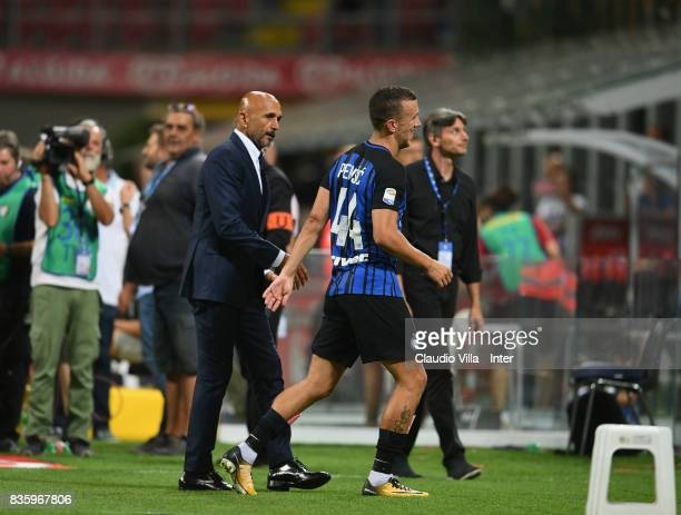 Head coach FC Internazionale Luciano Spalletti and Ivan Perisic of FC Internazionale chat at the end of the Serie A match between FC Internazionale...