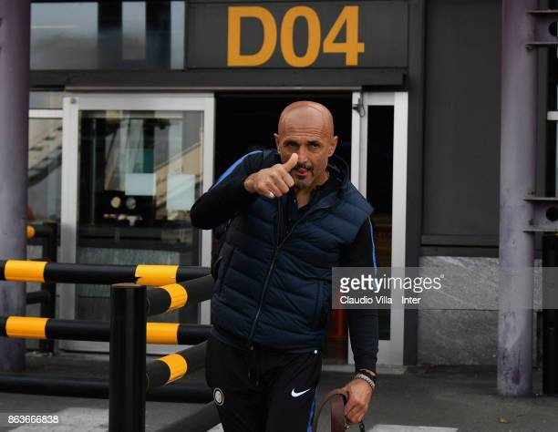 Head coach FC Internazionale Luciano Spalletti departs to Naples on October 20 2017 in Milan Italy