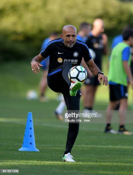 Head coach FC Internazionale Luciano Spalletti in action during a training session at Suning Training Center at Appiano Gentile on August 15 2017 in...