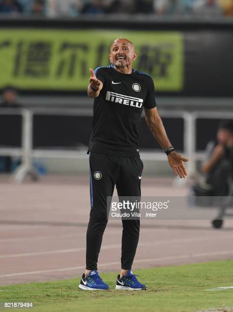 Head coach FC Internazionale Luciano Spalletti reacts during the 2017 International Champions Cup match between FC Internazionale and Olympique...